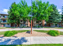 Ridgewood Apartments - Grand Forks