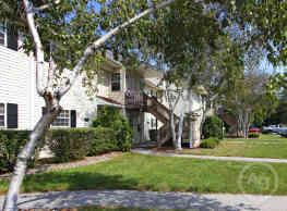 Village Park Apartments - Pleasant Valley