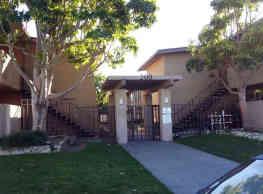 Yucca Apartments - Oxnard
