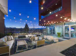 1000 S Broadway Apartments - Denver