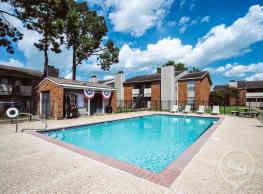 Summer Place - Lafayette