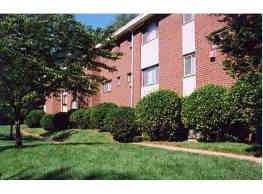 Hamilton Park Apartments - Baltimore
