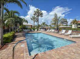 Seascape Apartments - Palm Beach Shores