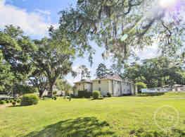 Chartre Oaks - Tallahassee