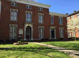 Chestnut Manor - Louisville