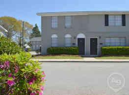 Foxwood Apartment Townhomes - Warner Robins