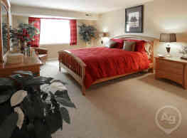 Woodridge Apartments - Randallstown