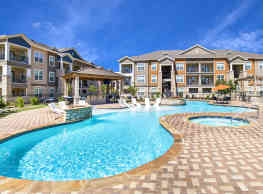 The Oasis Apartments Midland Tx