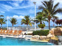 Marina Key - Lake Park