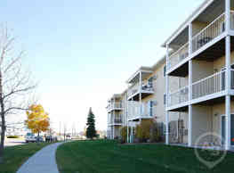 Amber Valley Apartments - Fargo