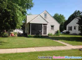 Handsome 4 BDRM NW Milwaukee SFH for Rent - Milwaukee