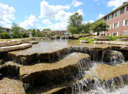 RiverStone Apartments - Bolingbrook