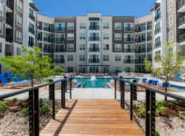 Encore at Forest Park Apartments - Saint Louis