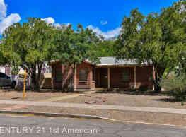 3 br, 2 bath House - 2133 E. Mabel Street - Tucson
