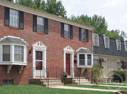 Gardenvillage Apartments & Townhouses - Baltimore