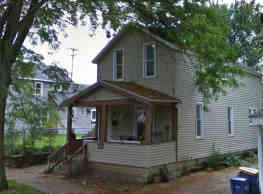 110 Quimby St NE - Grand Rapids