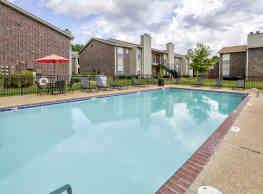 Oakbrook Apartments - Ridgeland