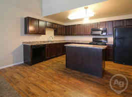 Mallard Heights Apartments - Dickinson