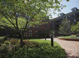James Court - Boston