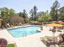Woodcrest Apartments - Augusta