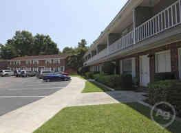 Oakleaf Townhouses - Mount Pleasant