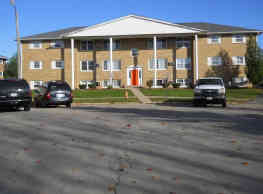 Laramie Lane Apartments - Rockford