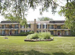 Knollwood Village Apartments - Grand Blanc