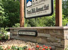 Forest Hills Racquet Club - Augusta