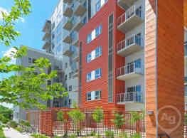 306 West Apartments - Madison