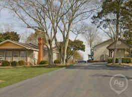Park Knoll Apartments - Fort Oglethorpe