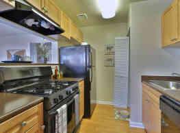 Parke Laurel Apartment Homes - Laurel
