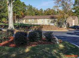Golden Gate Townhomes - Stone Mountain