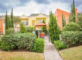 Broadmead Apartments - Houston