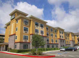 Furnished Studio - Orange County - John Wayne Airport - Newport Beach