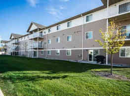 McEnroe Place Apartments 4, 5, 6 - Grand Forks