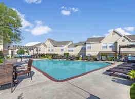 Summit Pointe Apartments - Oklahoma City