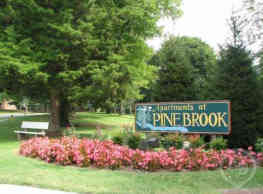 Apartments At Pine Brook - Newark