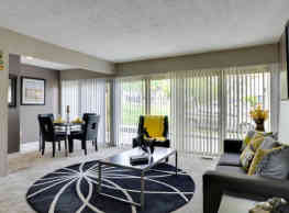 The Colony at Towson Apartments & Townhomes - Towson