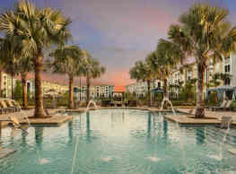 Sola South Lux Apartments - Jacksonville