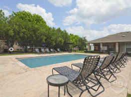 Encino Park Apartments - San Angelo