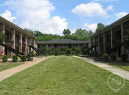 The Crescent at Lakeshore - Homewood