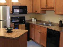 Williston Garden Apartments - Williston