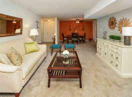 Lakewood Hills Apartments & Townhomes - Harrisburg