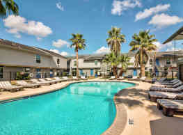 Pearl Apartments - College Station