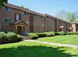 Hunters Run Apartments - Norristown