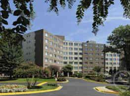 Serrano Apartments - Arlington