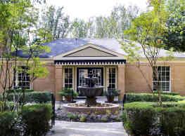 Hampton House Apartments - Jackson