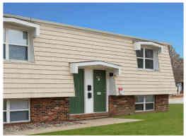 Green Door Apartments - Belleville