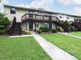 La Grande Apartments Lewisville Nc