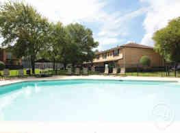Saddle Brook Apartments - Longview